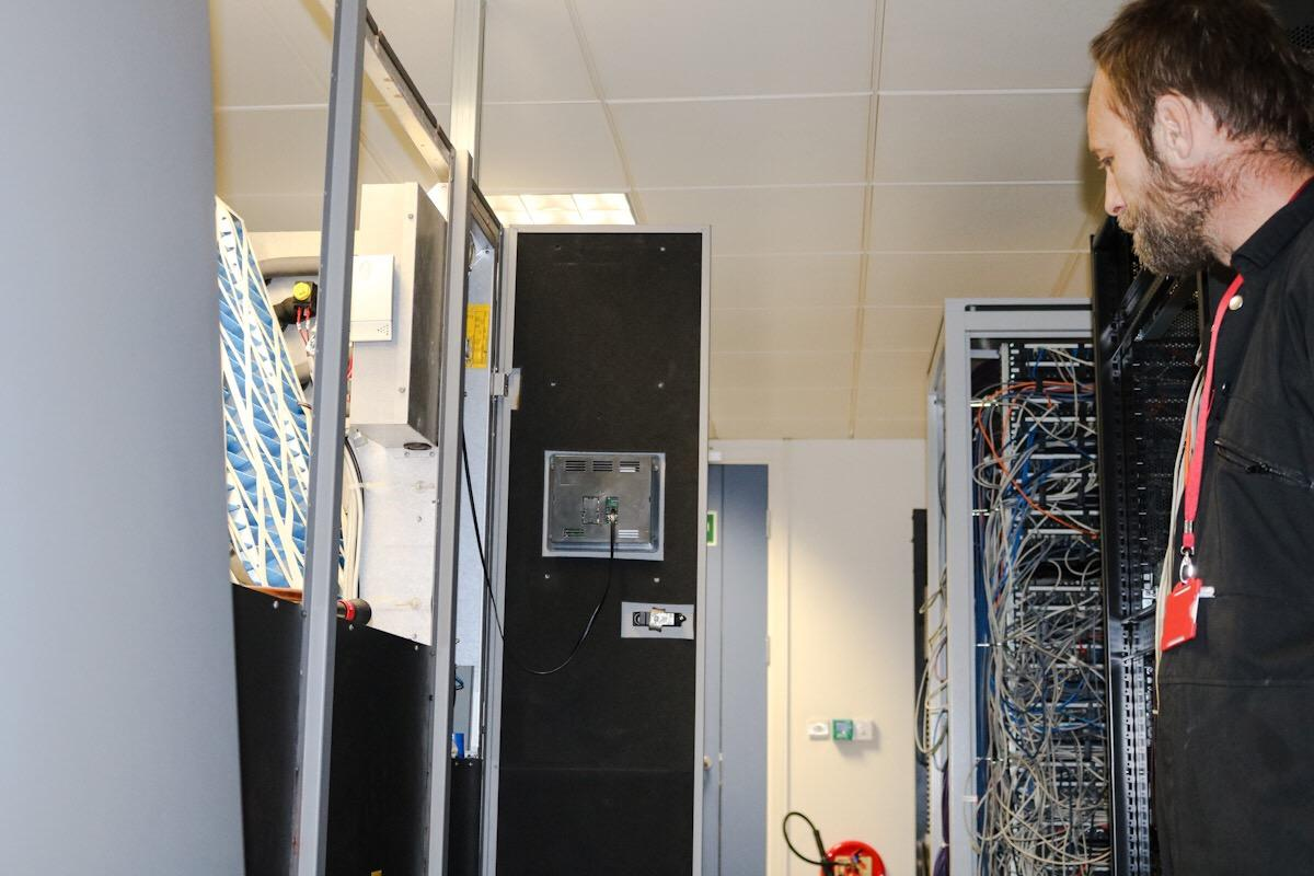 Commercial services | Server Room Air Conditioning | London